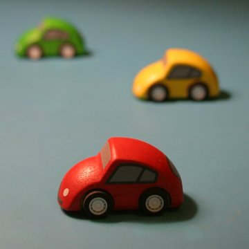 http://www.seemsartless.com/guides/camera-dof-cars-fast-360.jpg