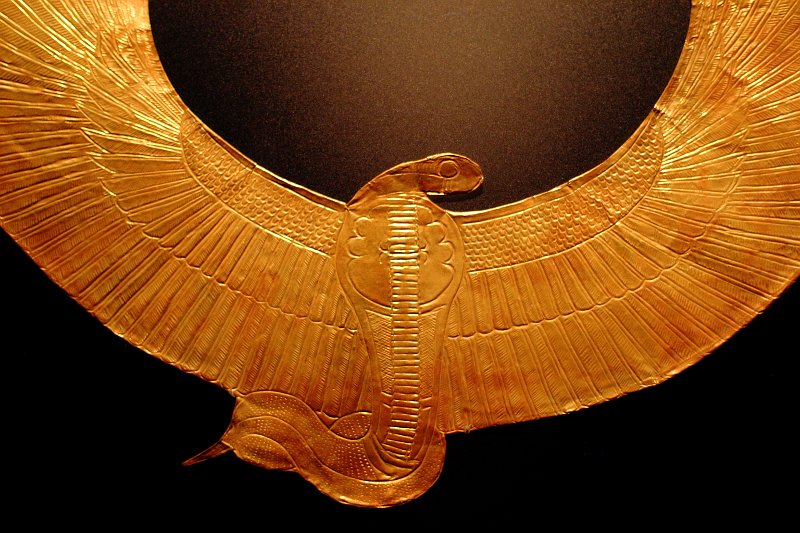 King Tut - Cobra Collar    (click for previous picture)