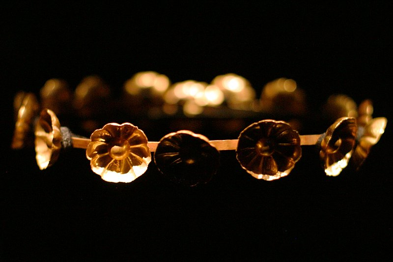 King Tut - Tawosret Royal Diadem    (click for previous picture)