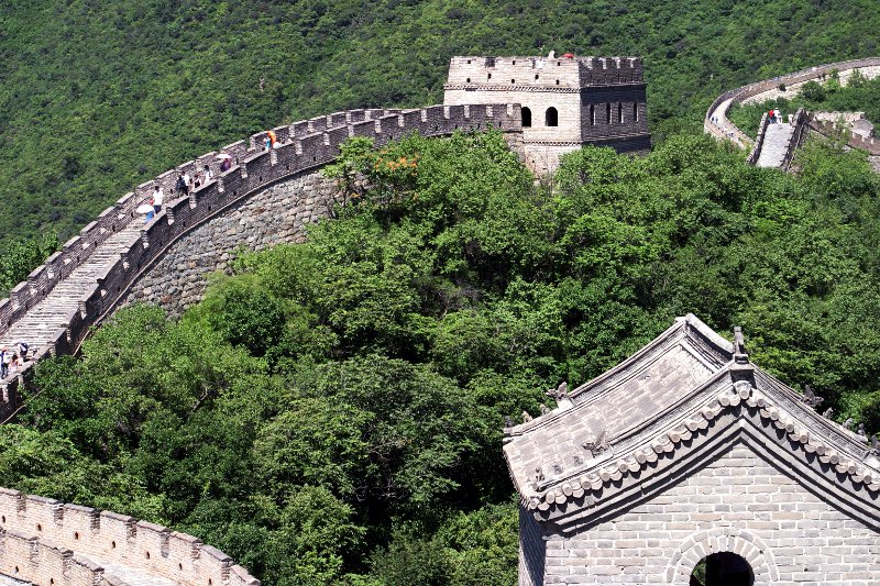 Great Wall of China - Mutianyu section    (click for previous picture)