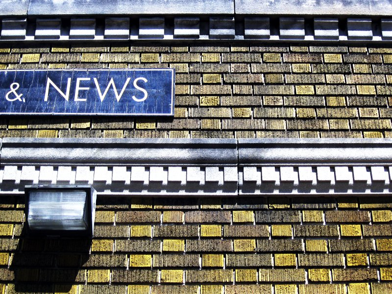 Kingston road News    (click for previous picture)