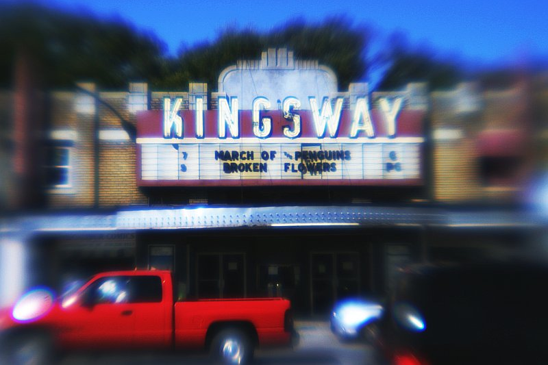 Kingsway Theatre    (click for previous picture)