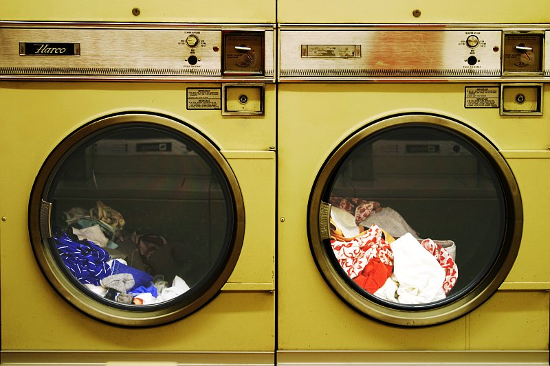 Laundromat Discs    (click for previous picture)