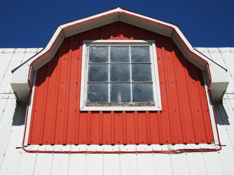 Sarnia dormer    (click for previous picture)