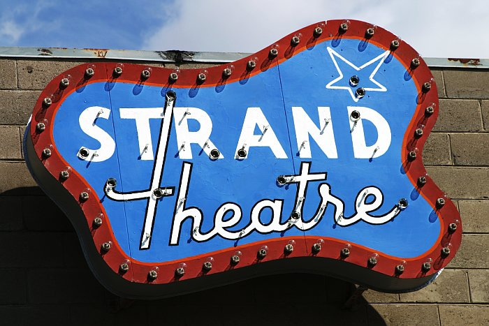 Strand Theatre    (click for previous picture)