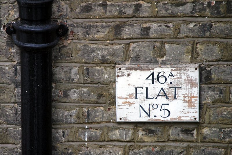 46A Flat No. 5    (click for previous picture)