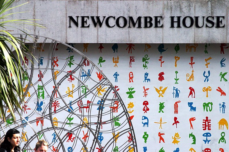 Newcombe House art    (click for previous picture)